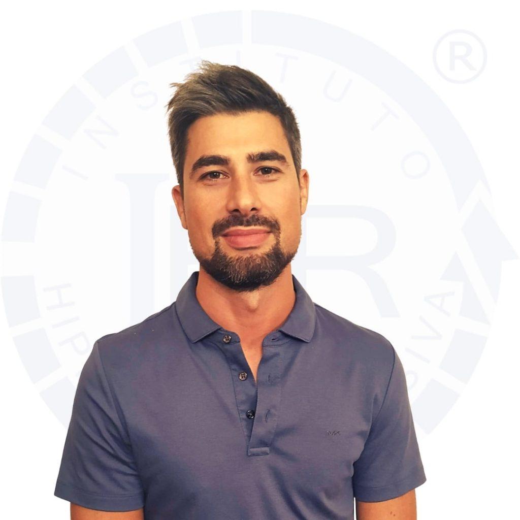 Hipnoterapeuta Filipe Ribeiro certificado pelo Instituto de Hipnose Regressiva