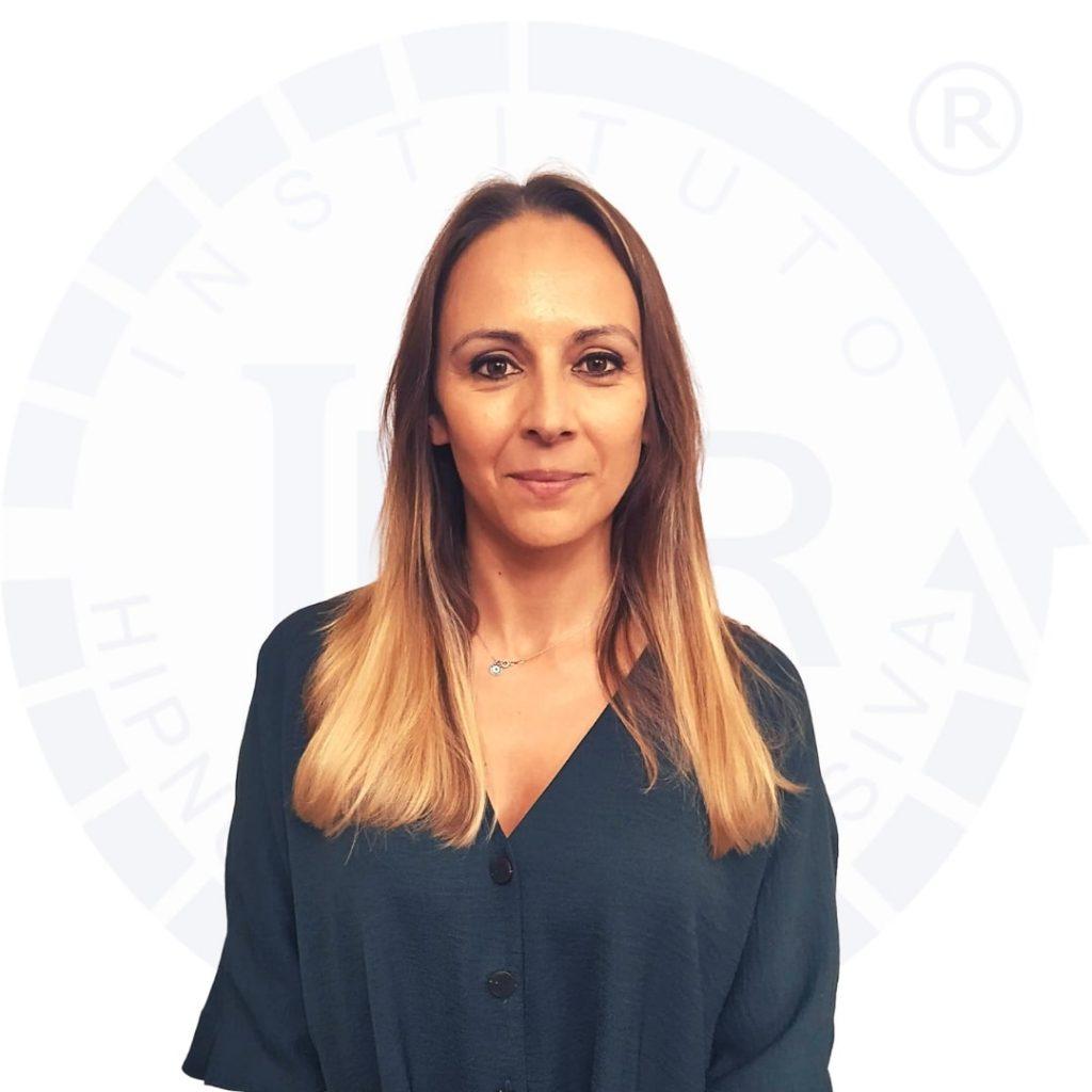 Hipnoterapeuta Rita Anacleto certificado pelo Instituto de Hipnose Regressiva